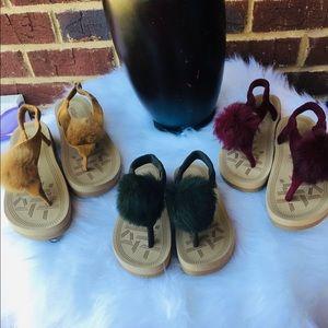 Shoes - Fluffy flip flops summer style